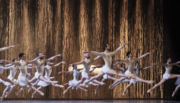 Le Lac des cygnes, Radhouane El Meddeb – Ballet de l'OnR © Agathe Poupeney