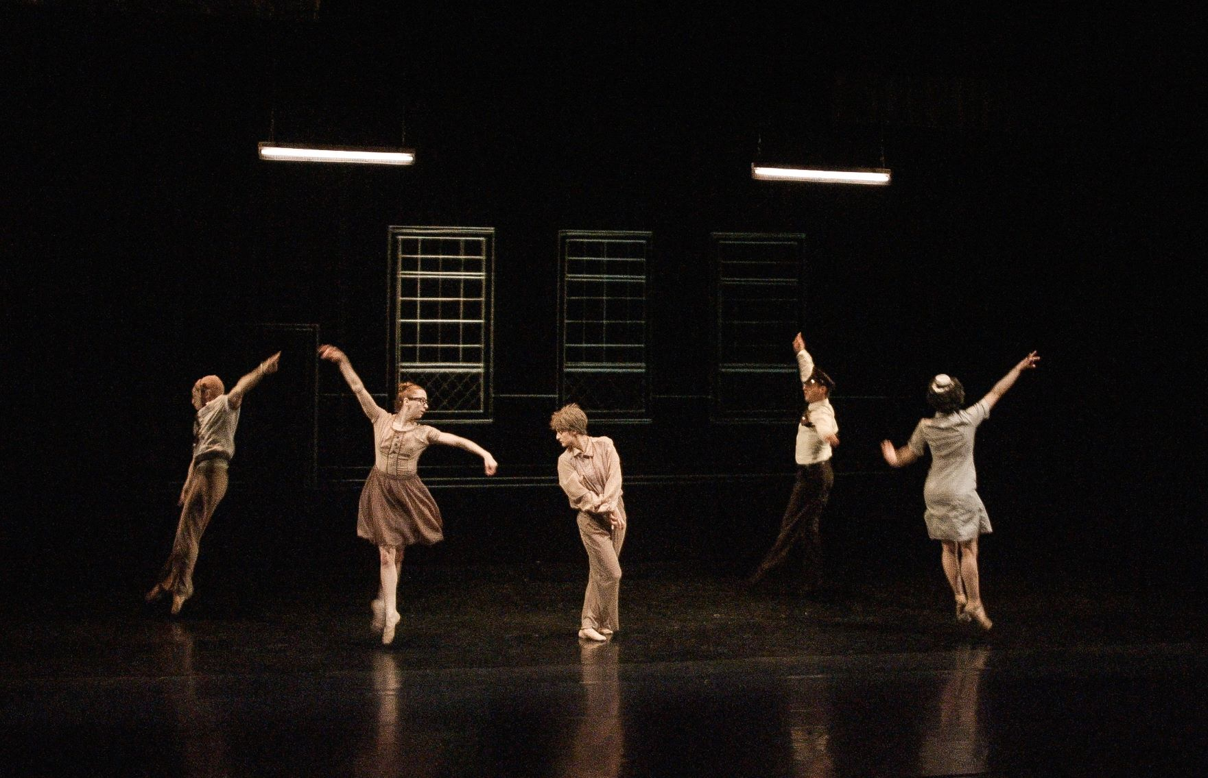 JAMES SEWELL BALLET / Titicuts Follies