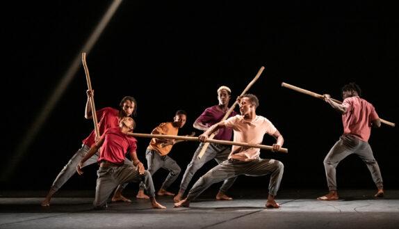 Massiwa,création 2020; théâtre de suresnes jean vilar; suresnes cités danse 2020; Salim Mzé Hamadi Moissi; danaucante;